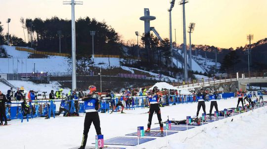 biathlon-venue-dusk-pyc-flickr-33081586770_a9303383de_o