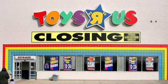 1516812375-toys-r-us-store-closing-list