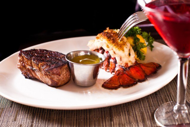 Steak-and-Lobster-640x426